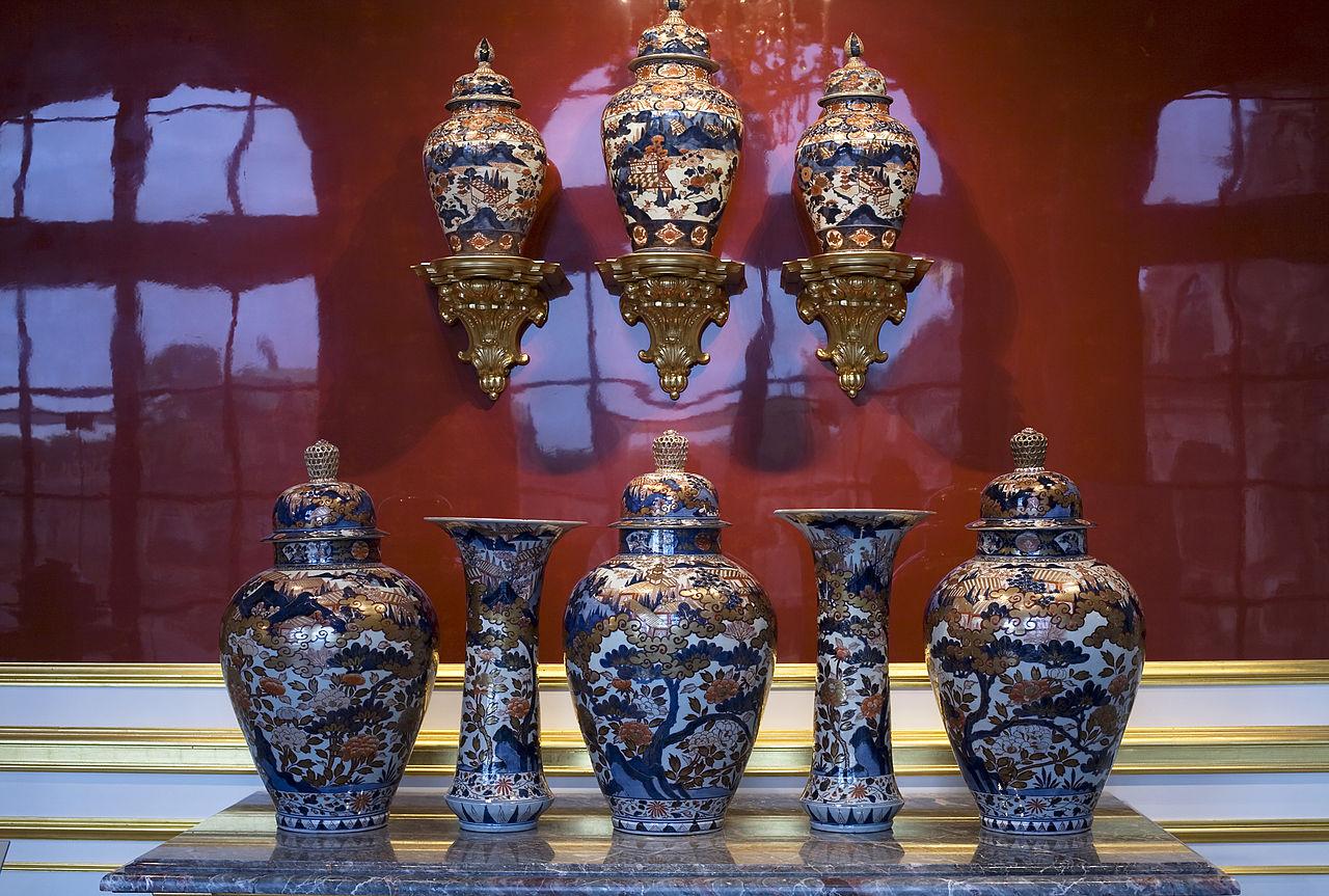 Музей фарфора в Дрездене, вазы в восточном стиле