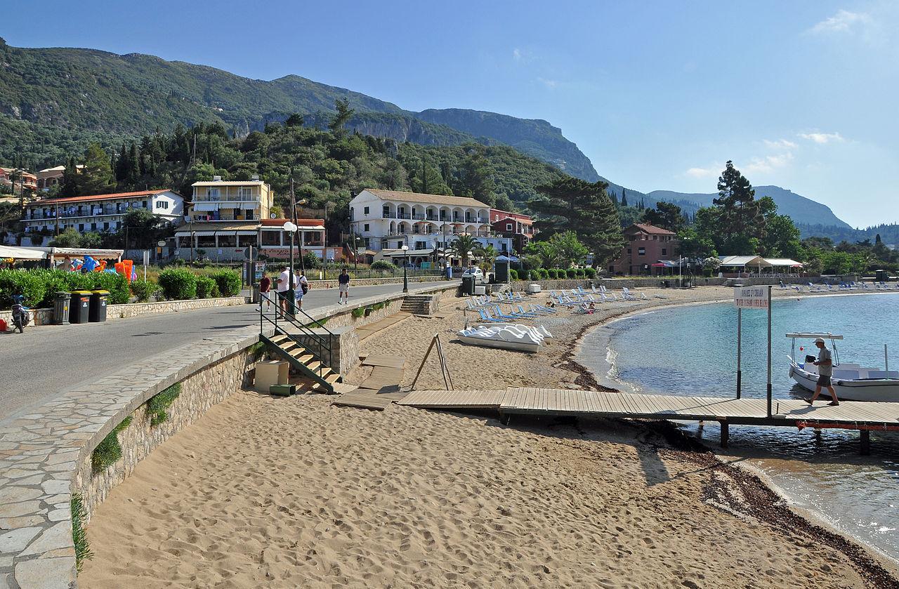 Палеокастрица, главный пляж