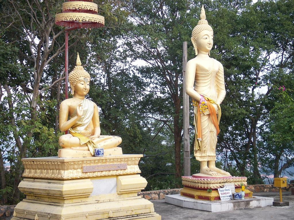 Холм Большого Будды в Паттайе, статуи