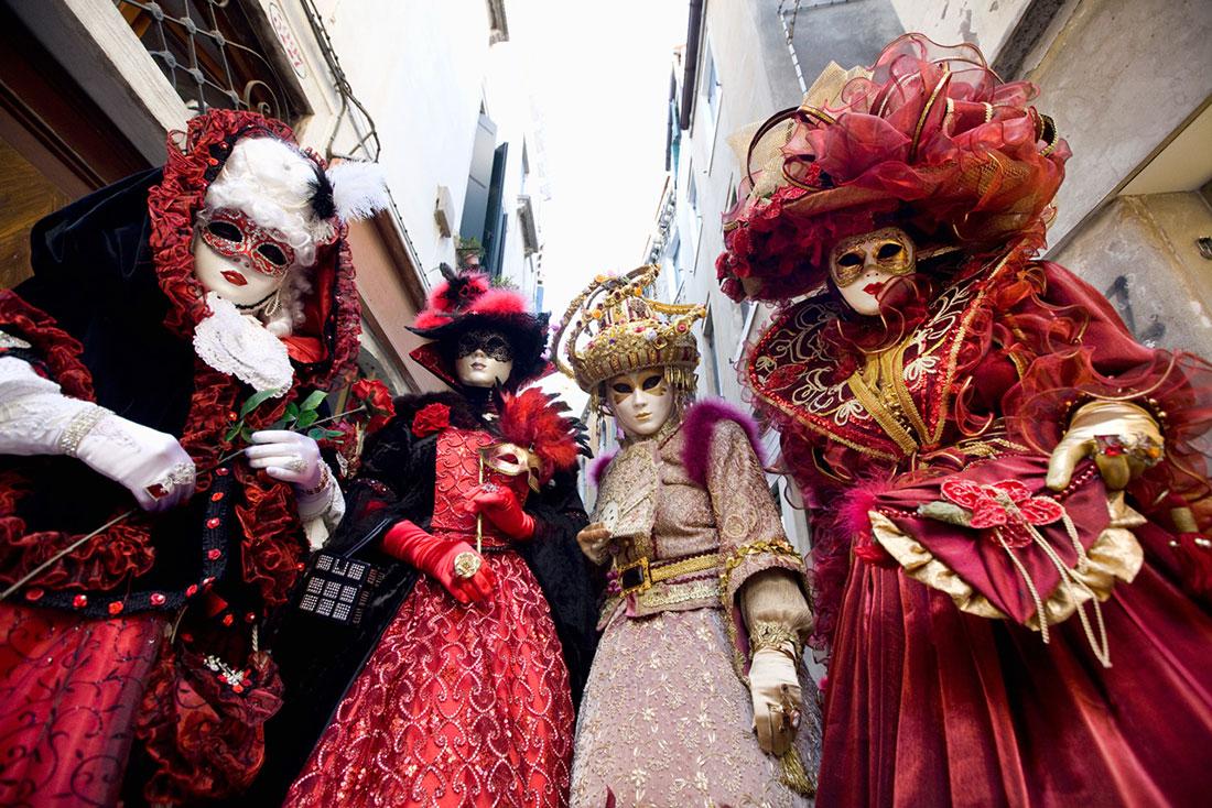 Волшебный карнавал в Венеции