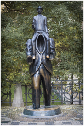 ТОП-6-самых-необычных-памятников-в-Праге1.jpg