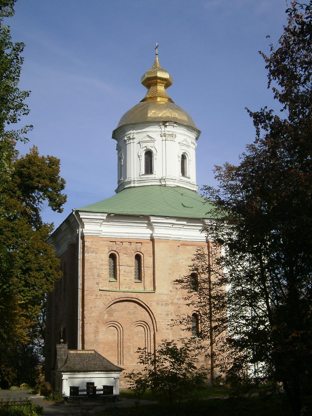 Выдубицкий монастырь, Михайловский собор
