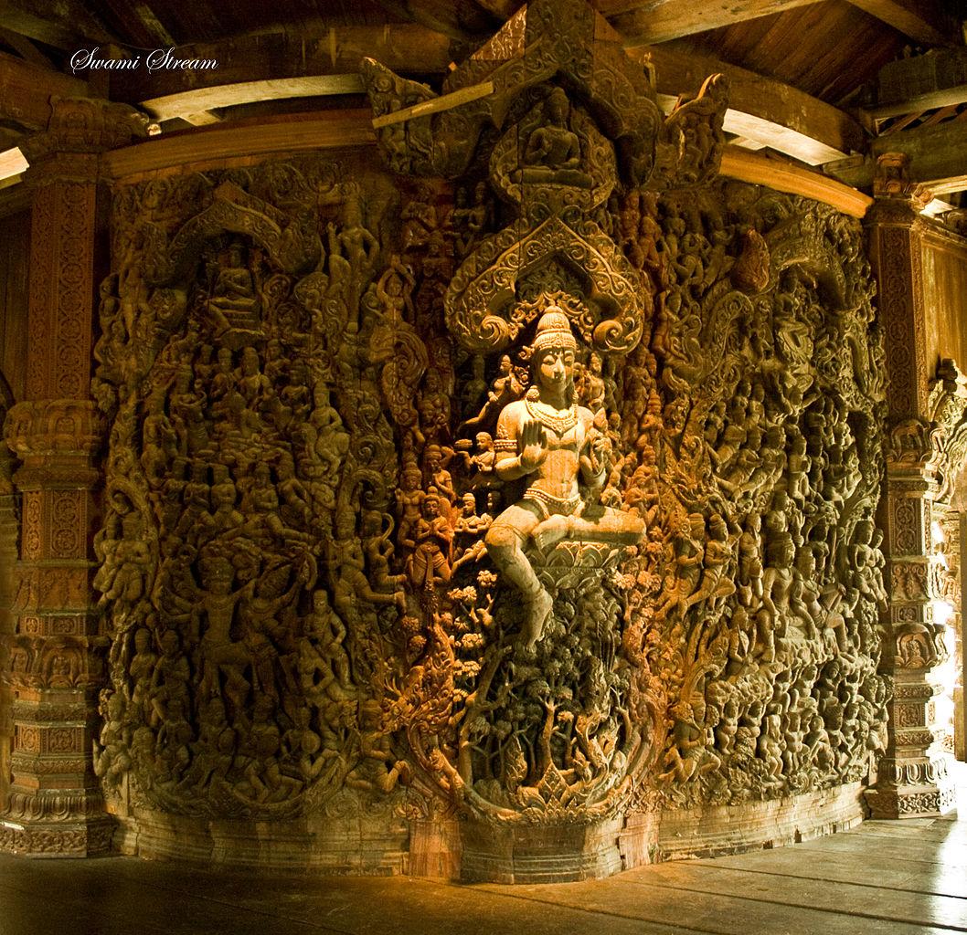 Храм Истины, интерьер