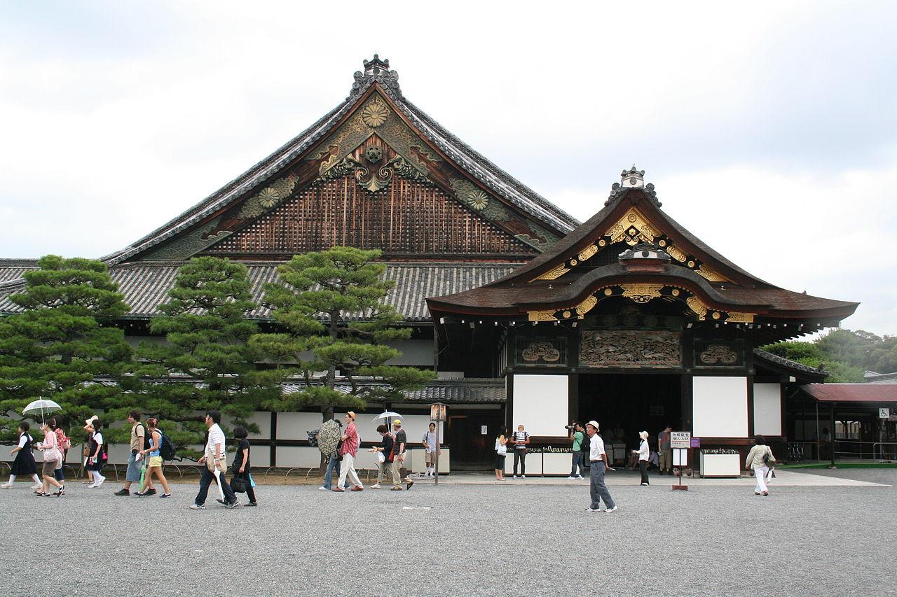 Замок Нидзё, дворец второго двора
