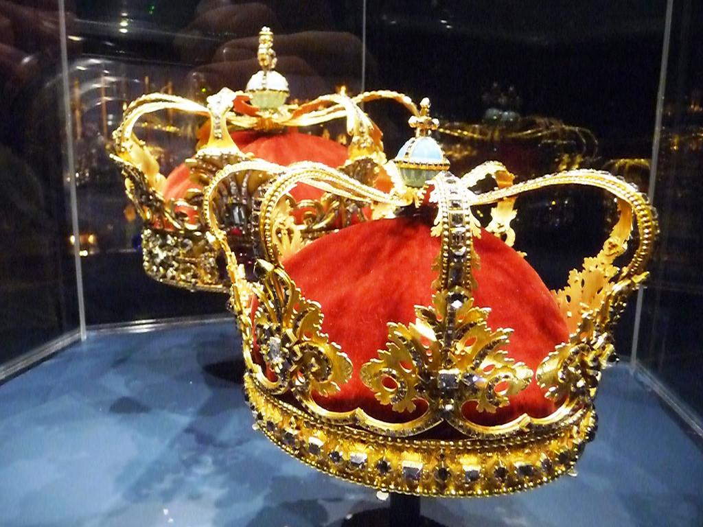 Короны, Замок Розенборг, Копенгаген