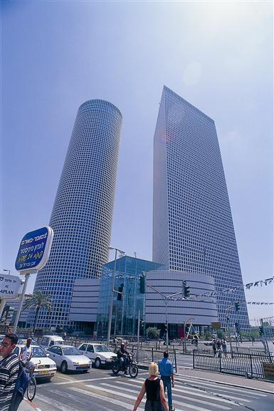 Крупный торговый центр Тель-Авива