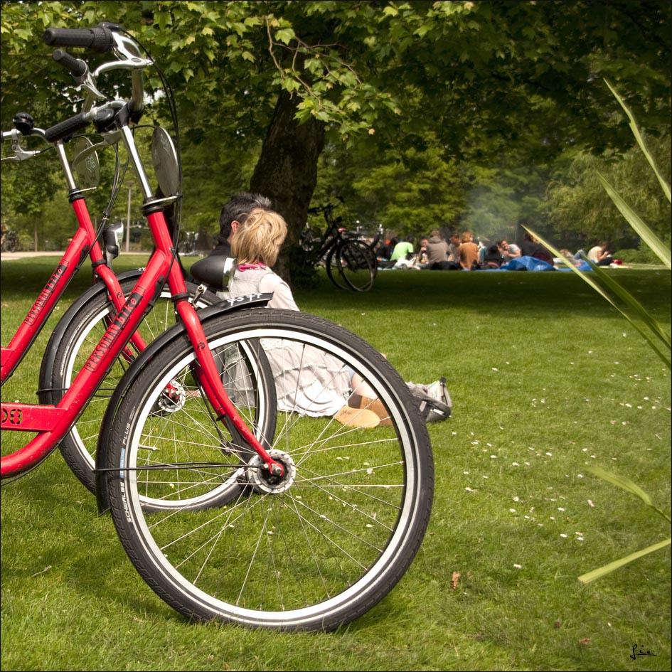Отдых в парке Вондела, Амстердам