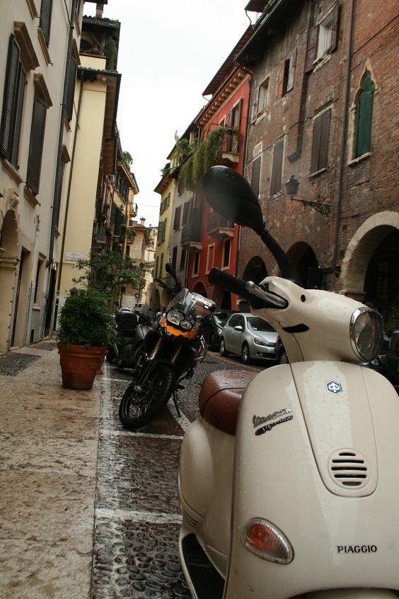 Улицы Вероны, Италия