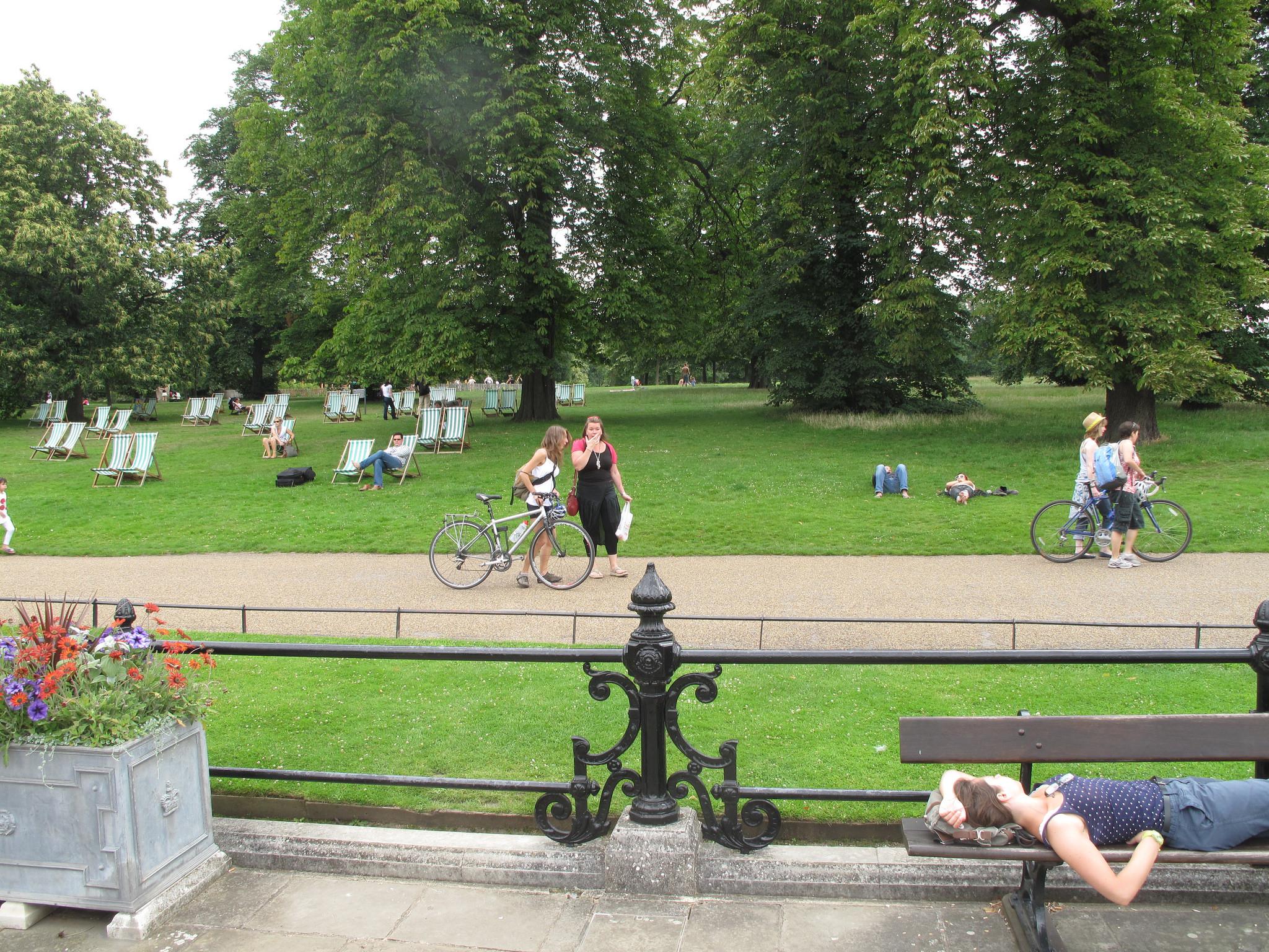 Места для релаксирования, Гайд-парк, Лондон