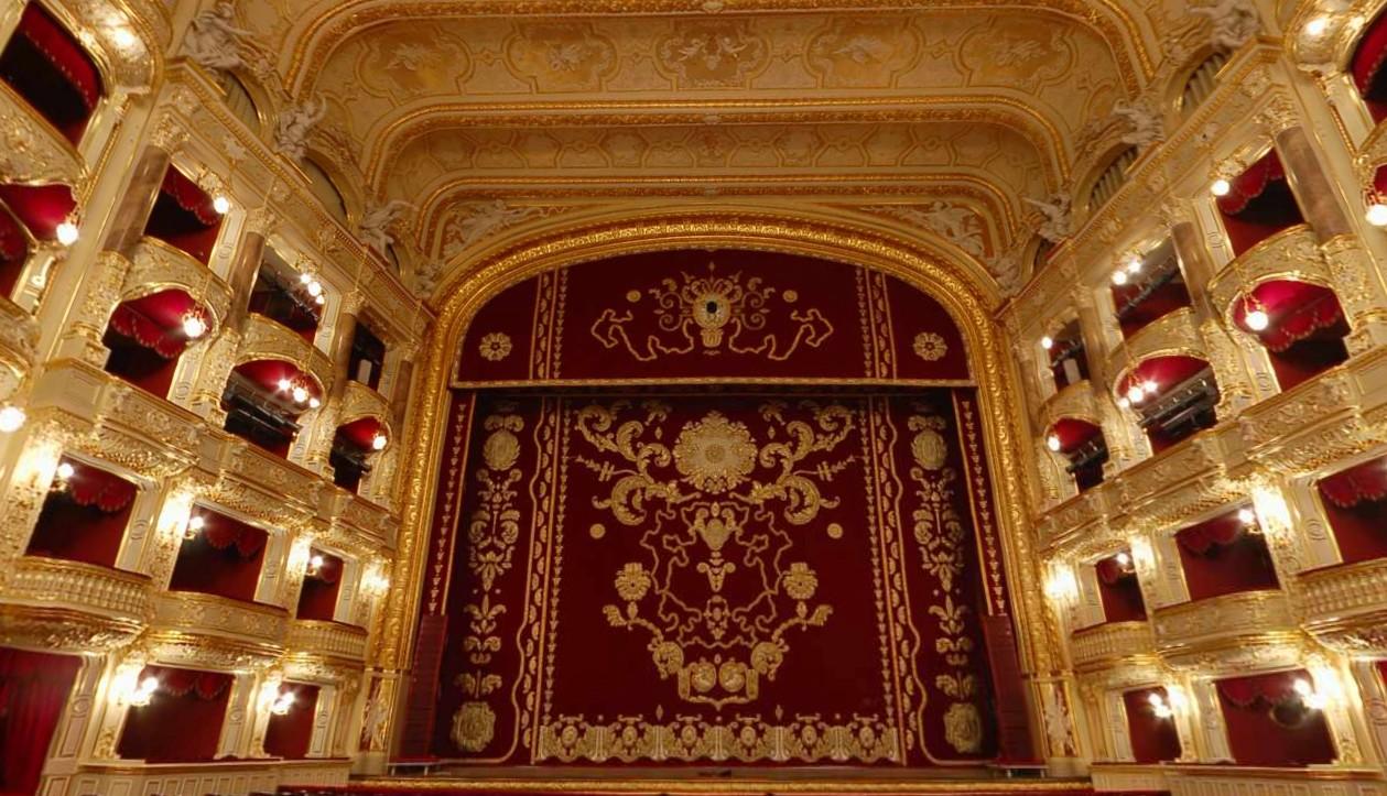 Одесса оперный театр афиша на май 2017 билеты на шоу аргонавты а адлере