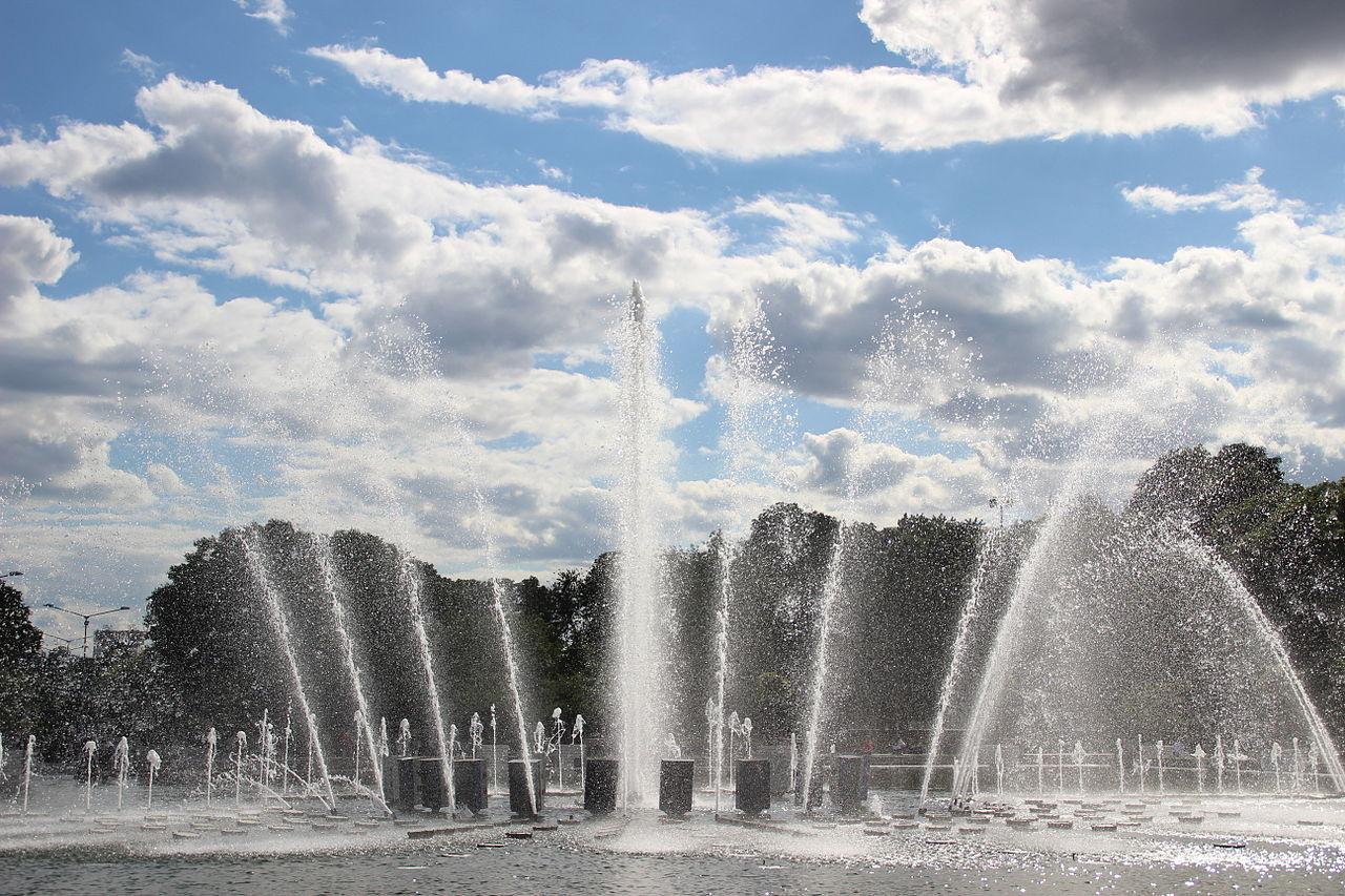 Парк Горького в Москве, центральный фонтан