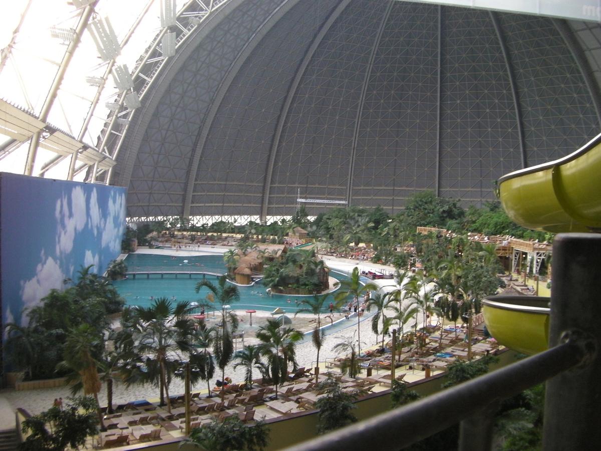 Аквапарк Tropical Island в Берлине