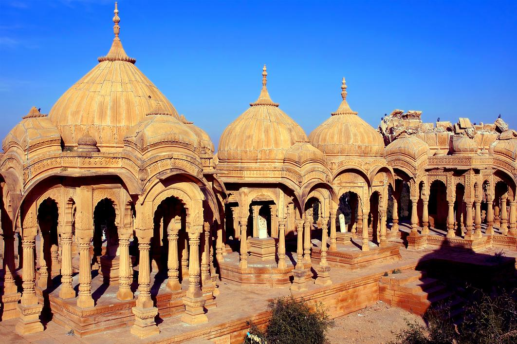indian architecture Exploring indian civilization by michel danino,iit kanpur 1 india's architectural concepts developed on the basis of a profound philosophy and cosmology, wi.