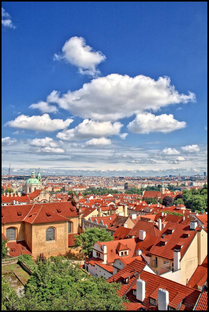 Вид на город с башни Пражского Града, Прага
