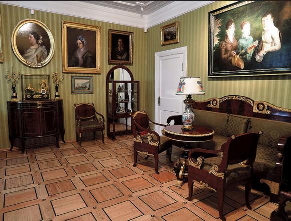 Интерьер музея-усадьбы Мураново
