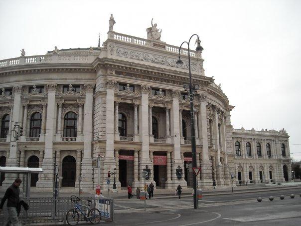 Бургтеатр в Вене, Австрия.jpg