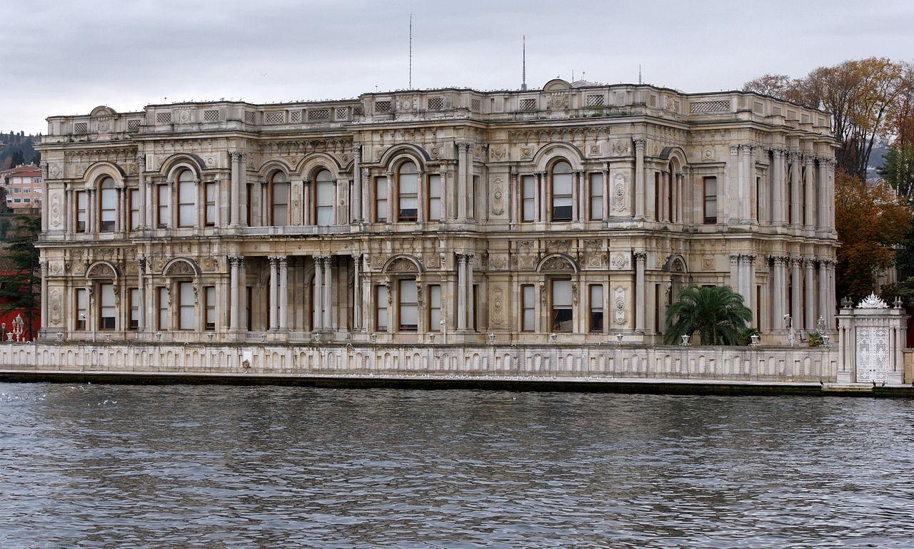 Дворец Бейлербейи, Стамбул