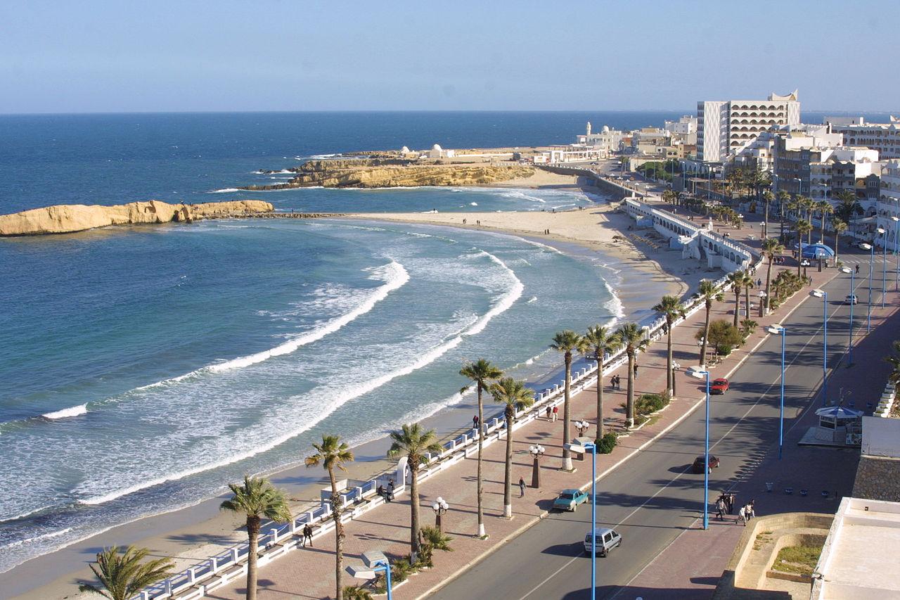 Пляж Al Quarrayyah в Монастире, Тунис
