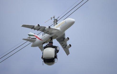 Emirates A380 на Roland-Garros.jpg
