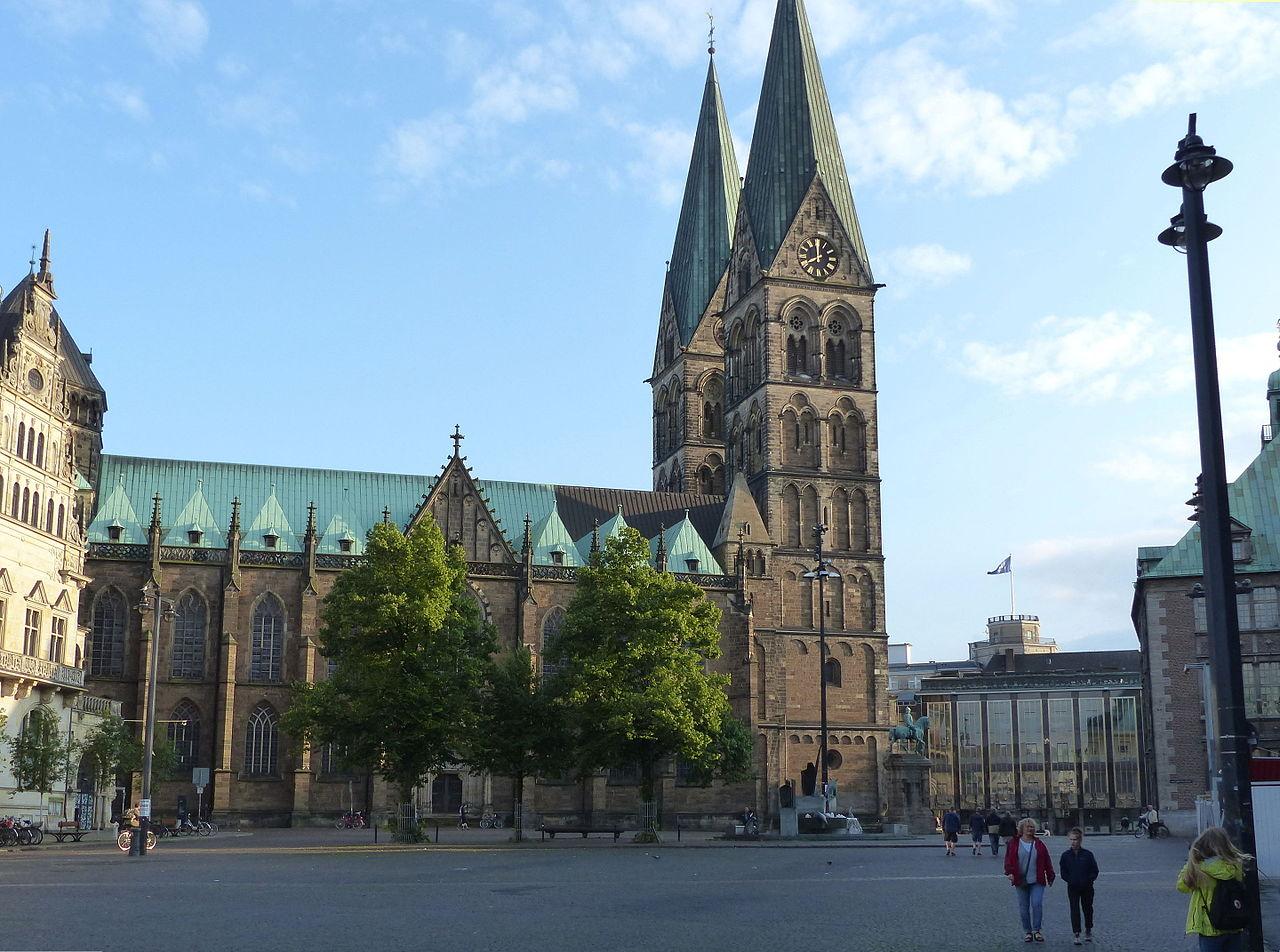 Собор Святого Петра в Бремене, северный фасад