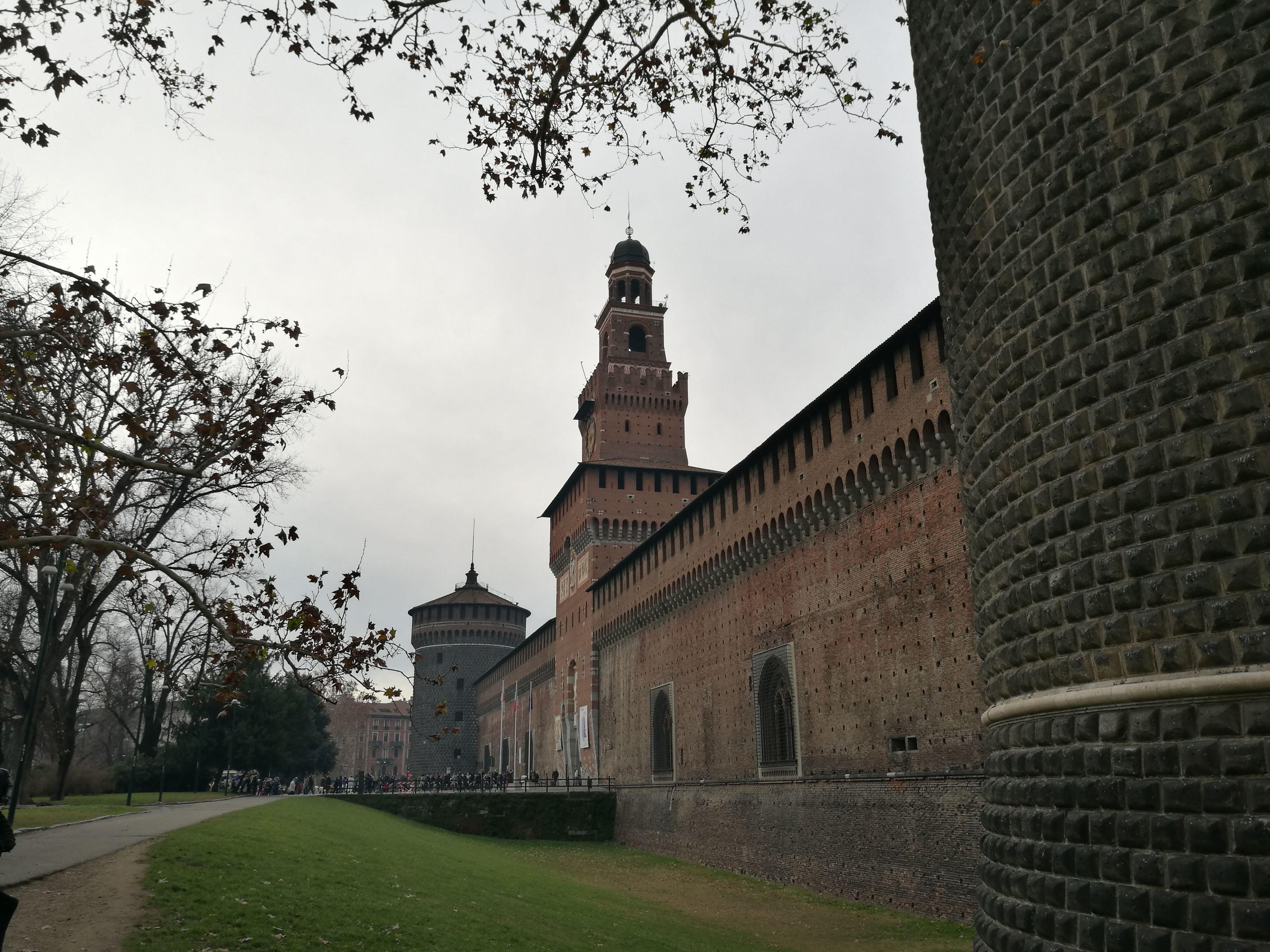 Крепостные стены замка Сфорца, Милан