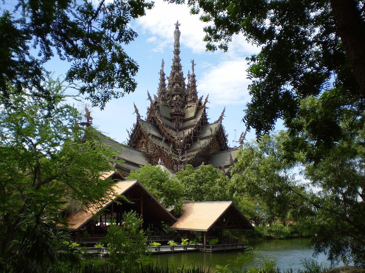 Храм Истины, Таиланд