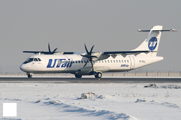 UTair ATR-72.jpg