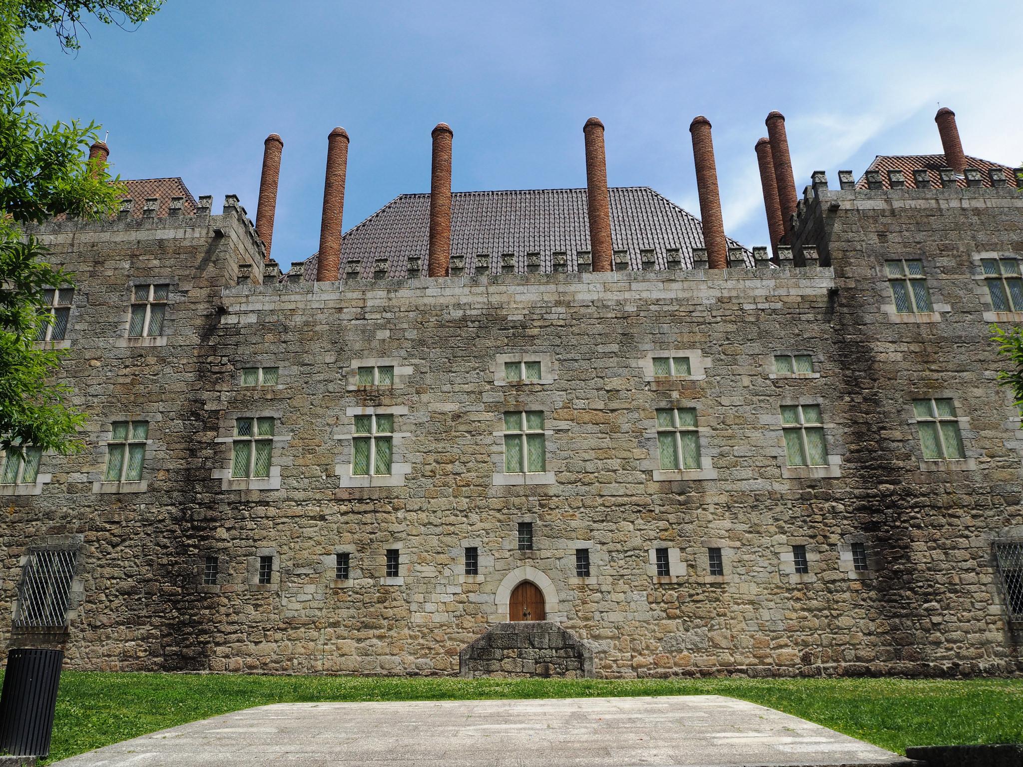 Замок Гимарайнш, внутренний вид