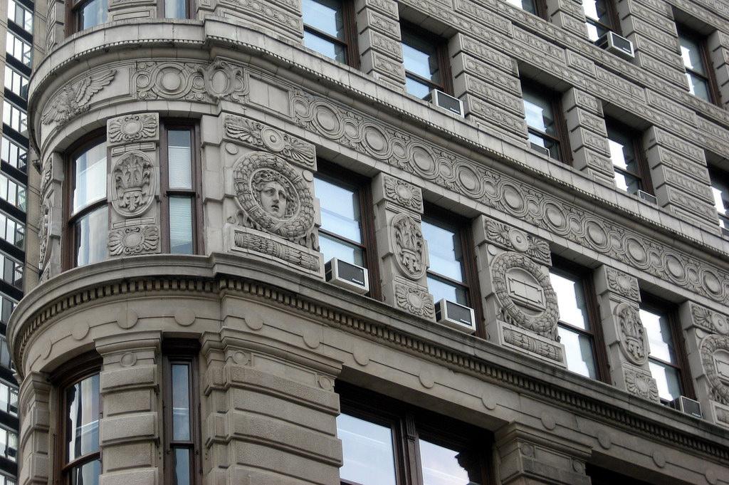 Лепнина, Флэтайрон-билдинг, Нью-Йорка