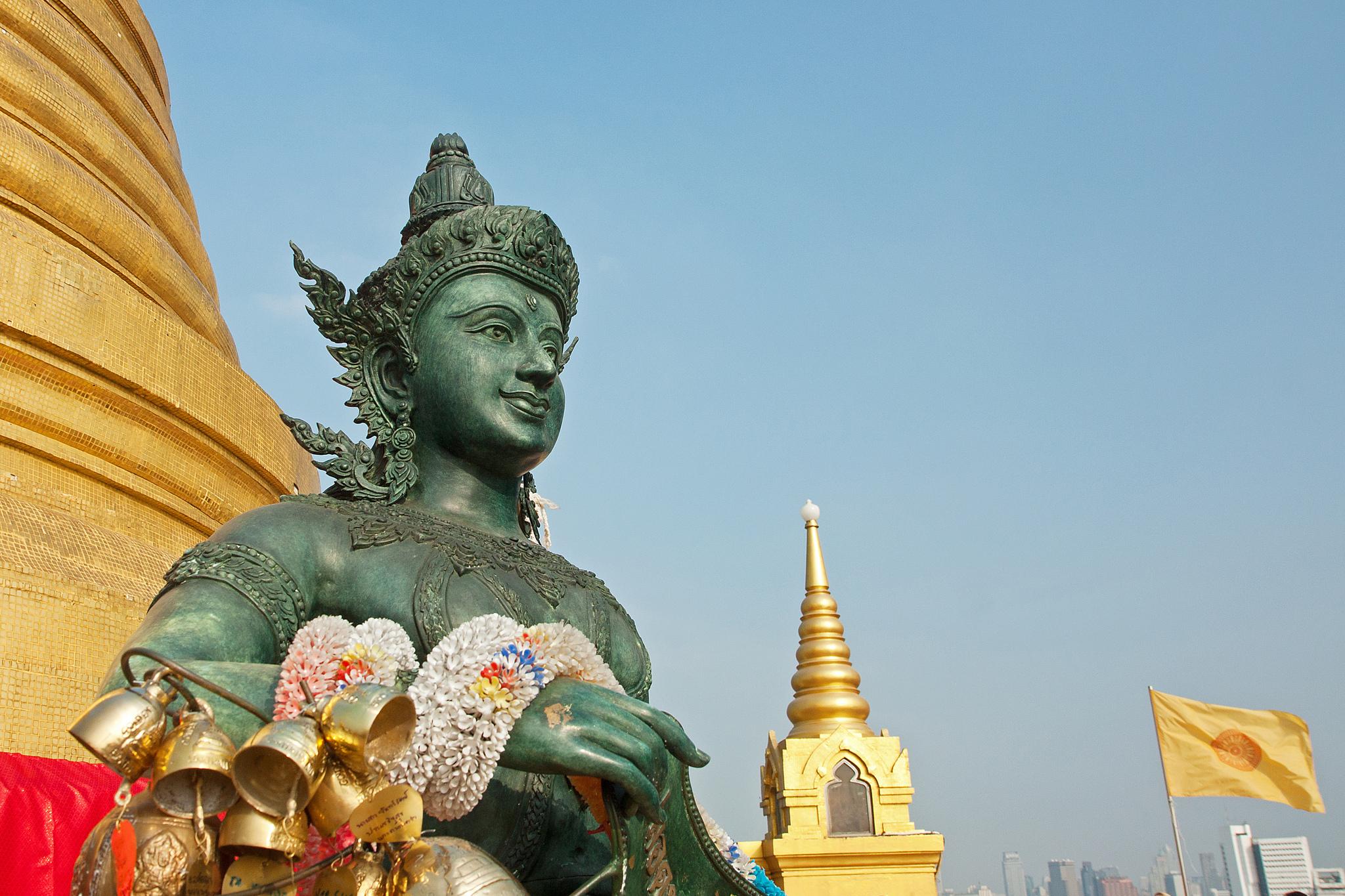 Статуя Будды, Ват Сакет на Золотой горе