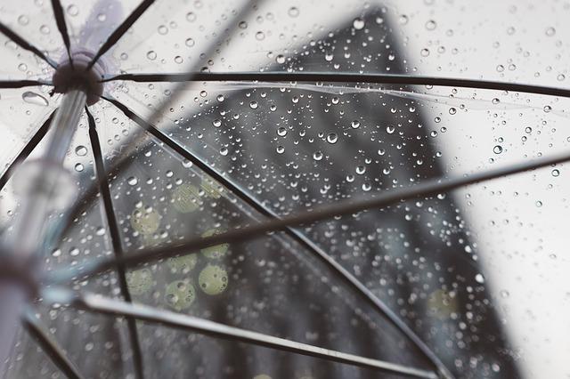 Rain-2590618 640.jpg
