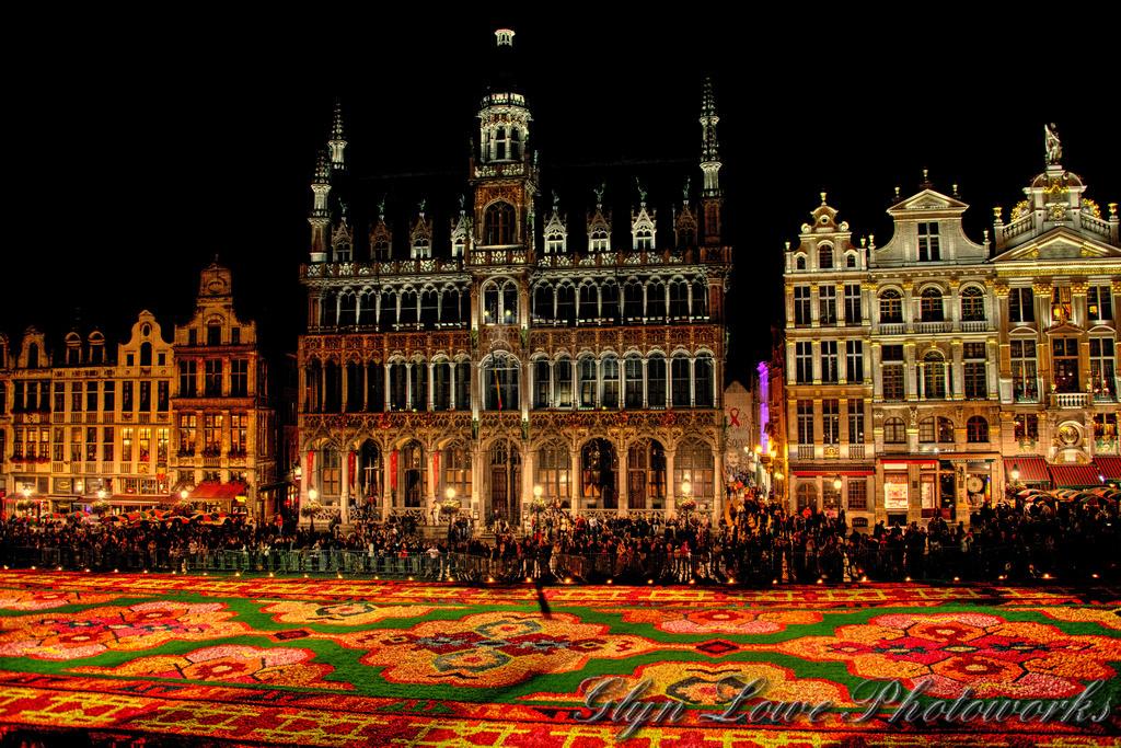 Огни ночного Брюсселя, Гранд-Плас