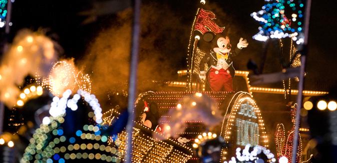 Незабываемые фестивали в Диснейленде в Токио