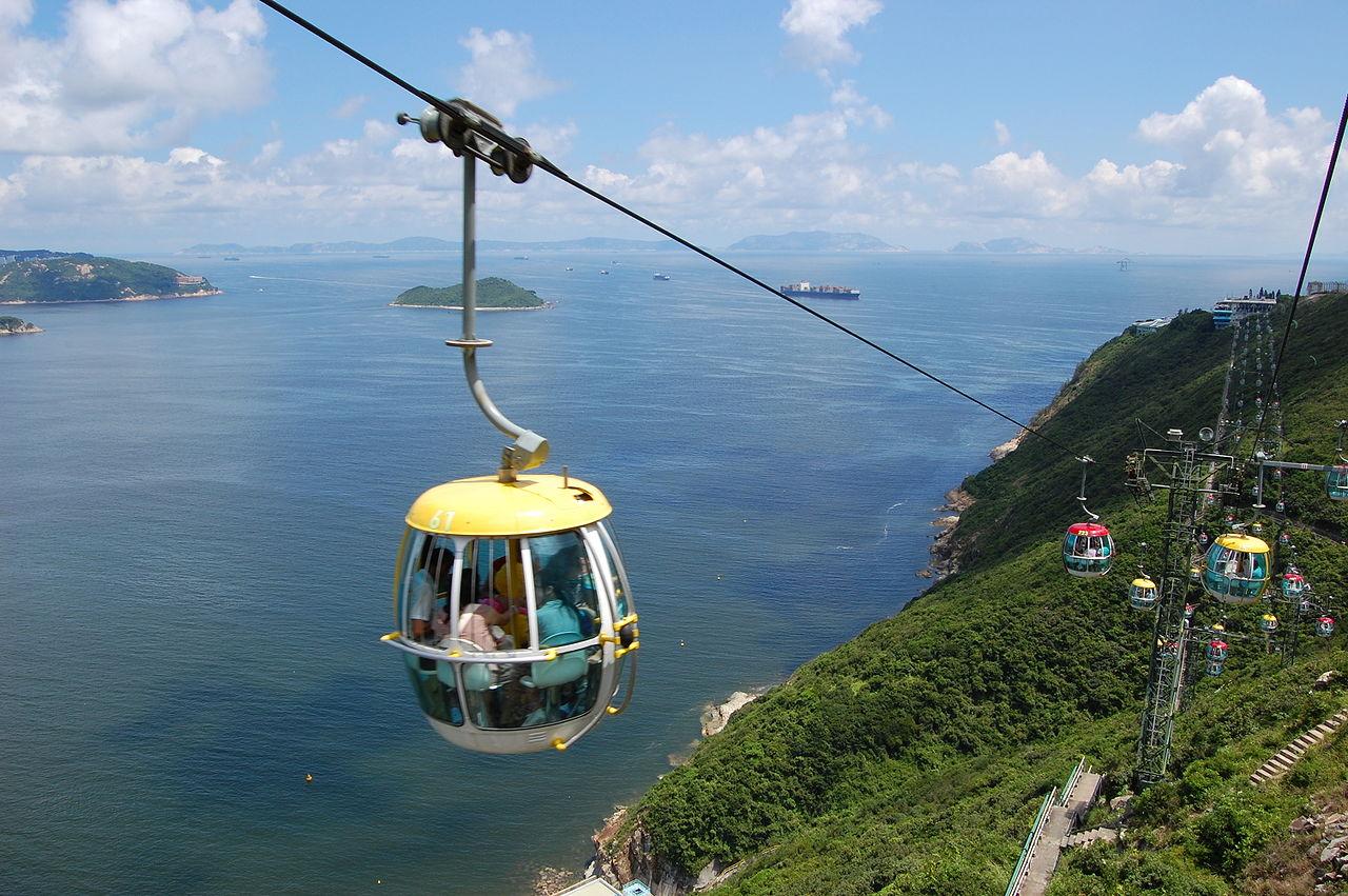 Океанический парк в Гонконге, кабина фуникулера