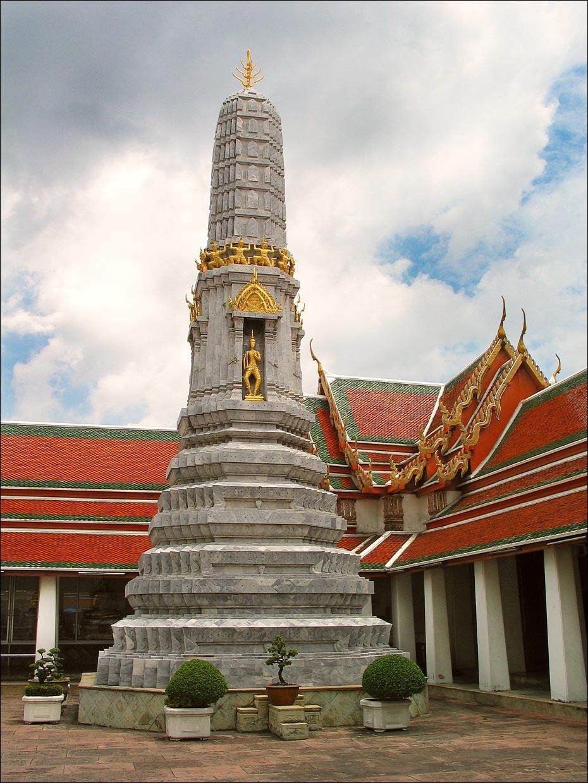Раттанакосин, храм Лежащего Будды