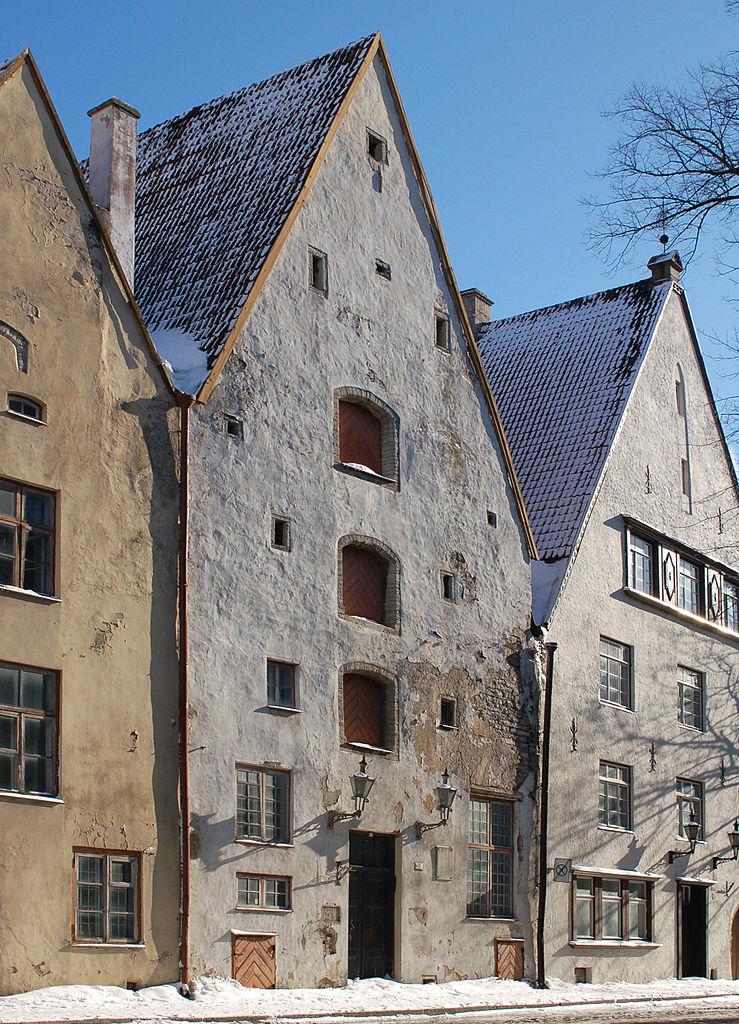 Нижний город Таллина, архитектурный ансамбль «Три брата»