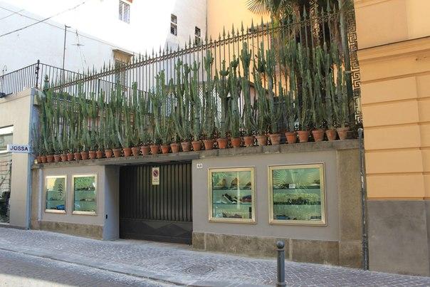 Оригинальное оформление магазинчика, Неаполь.jpg