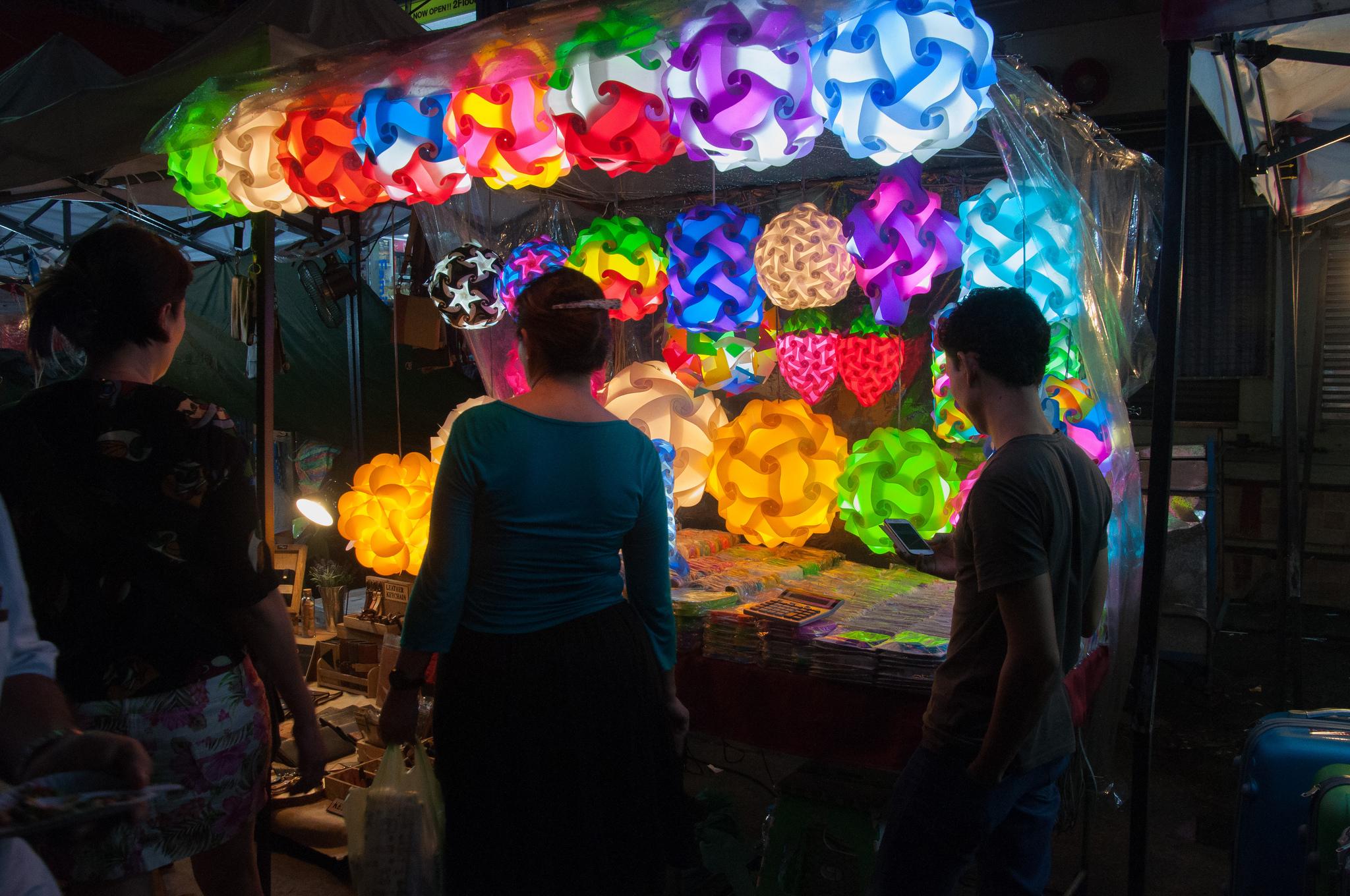 Рынок Пратунам, ночь
