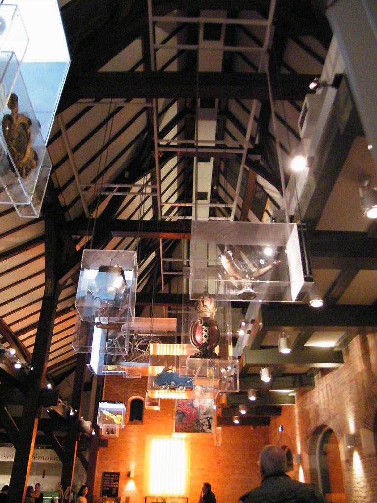 Исторический музей Амстердама, интерьер