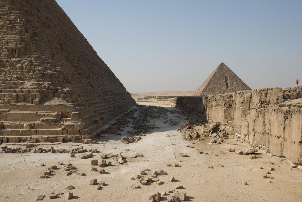 Пирамида Хефрена в Гизе