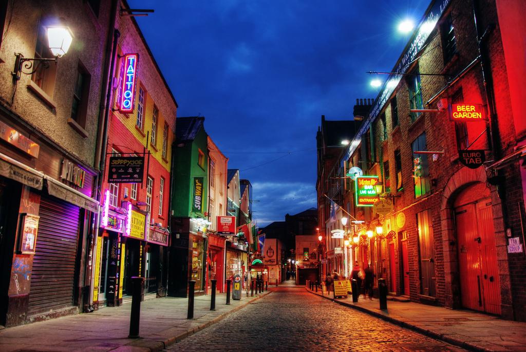 Темпл-Бар ночью, Дублин