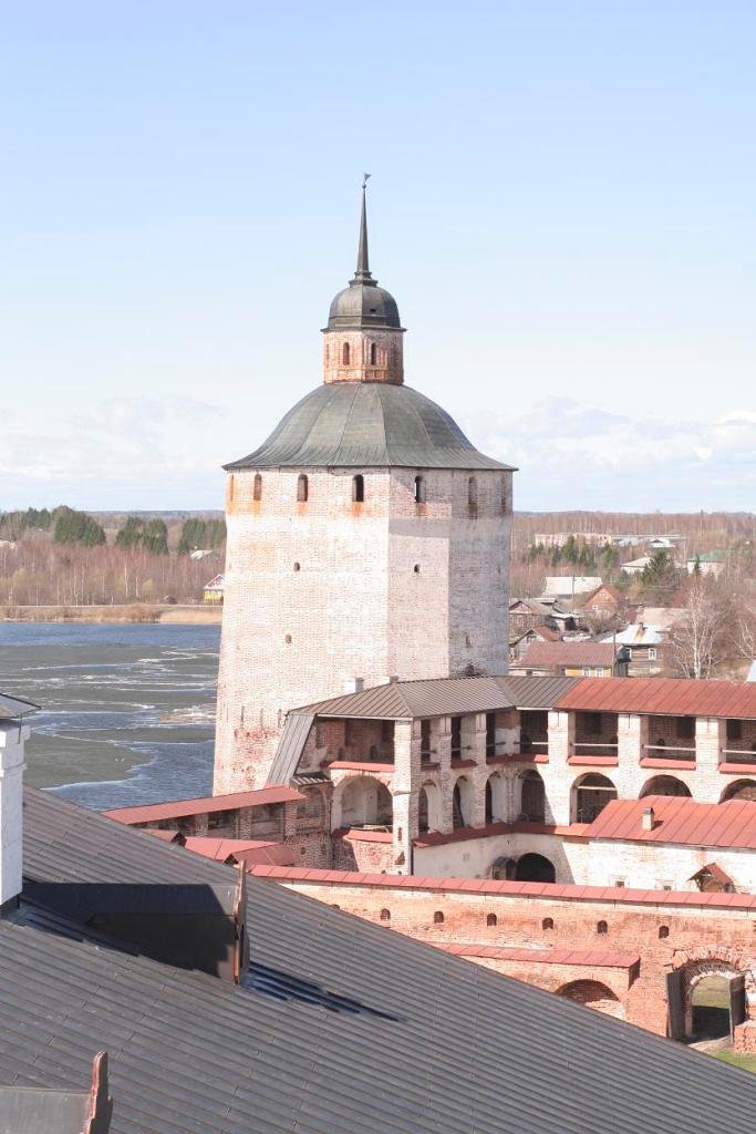 Белозерская башня в Кириллове