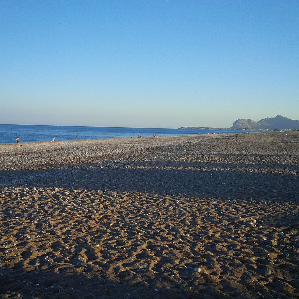 Пляж Афанду вечером