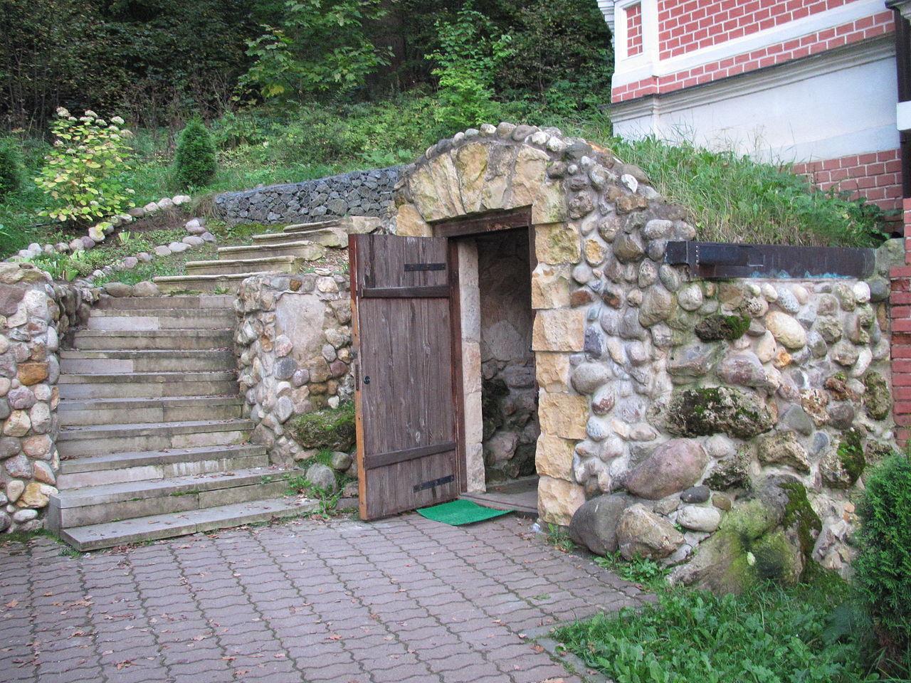 Саввинский скит, пещера Саввы
