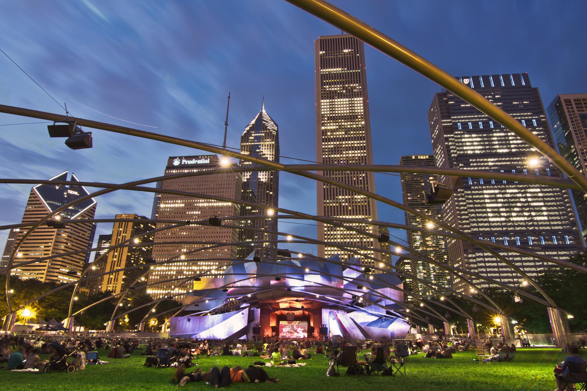 Вечер в Миллениум-парке, Чикаго
