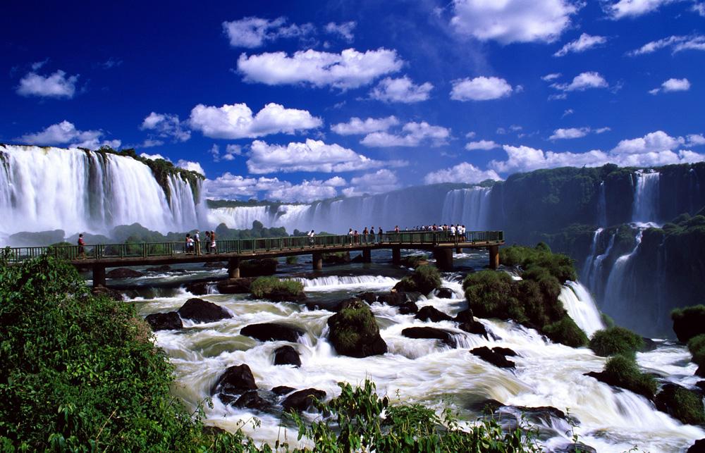 Водопады в Игуасу