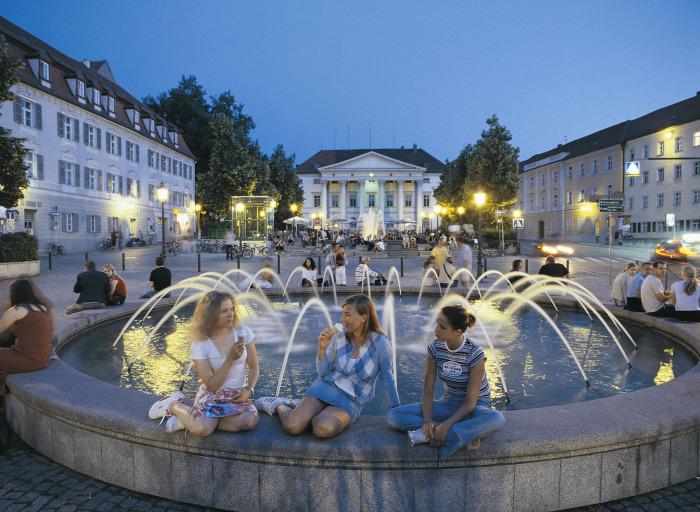 На площади Бисмарк, Регенсбург.jpg