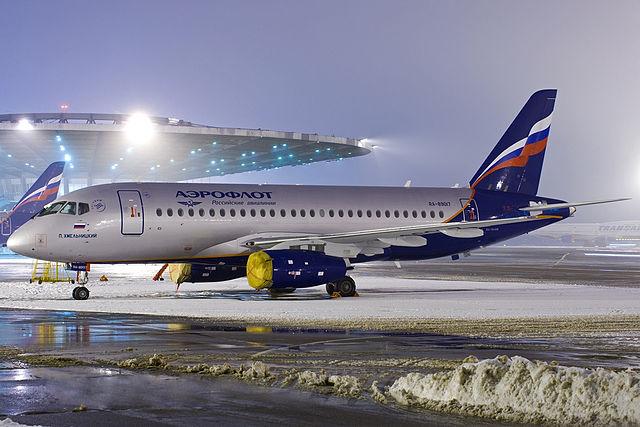 Sukhoi Superjet 100-95 (RA-89017).jpg