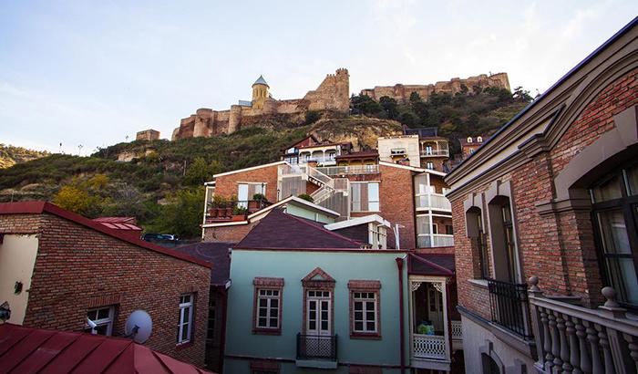 7 недорогих отелей в Тбилиси Old Meidan Tbilisi 2.jpg