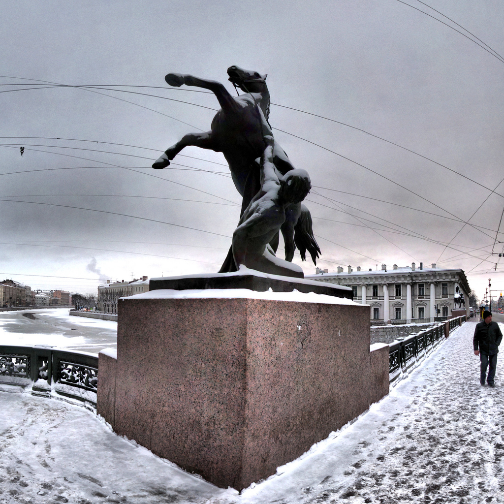 Аничков мост зимой, Санкт-Петербург